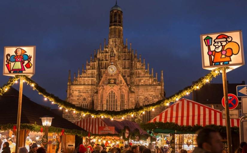 Christkindlesmarkt 2015 am Hauptmarkt in Nürnberg
